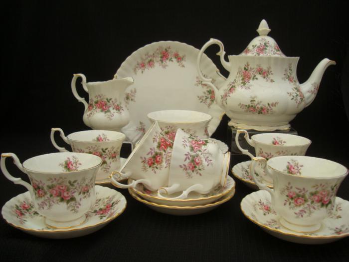 комплект за чай