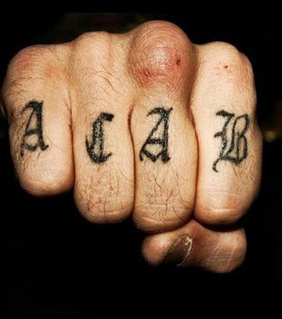 Tatuaggio dito