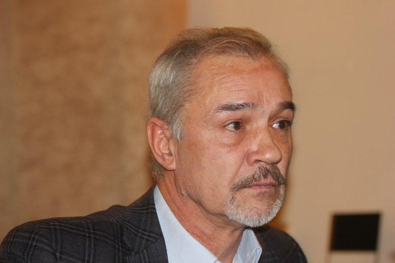 биография на Евгений Леонов