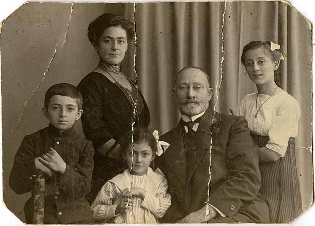 Famiglia Veriko Andzhaparidze