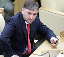 Adam Delimkhanov, fratello Kadyrov