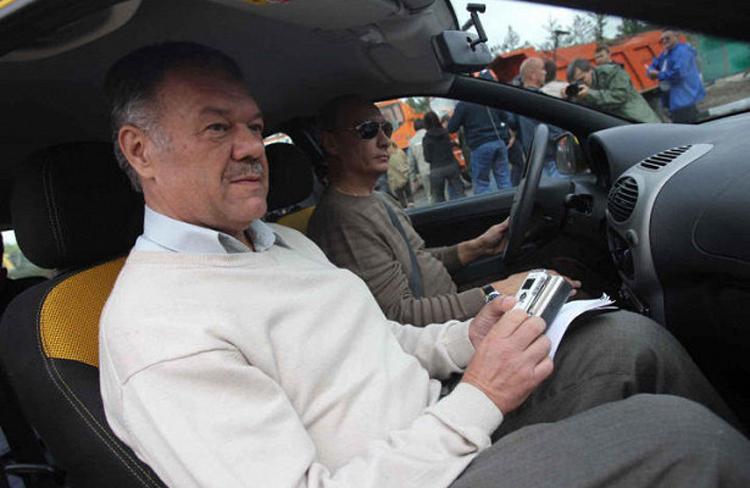 A. Gamow s V. Putinom