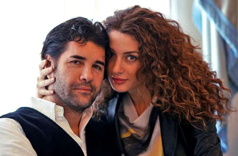 С любимата му съпруга Марина