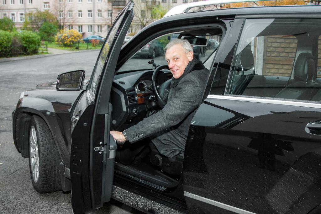 Alexander Polovtsev in macchina