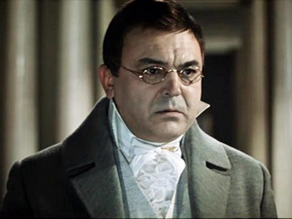 Sergey Bondarchuk come Pierre