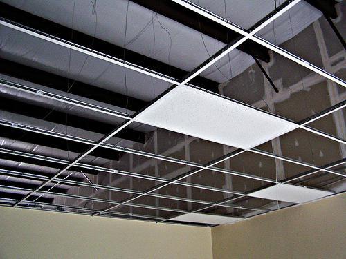 монтажа алуминијумских решеткастих плафона