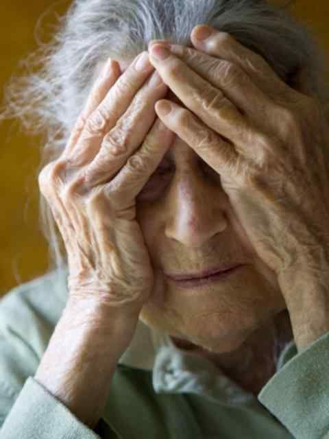 Симптомите на Алцхаймер
