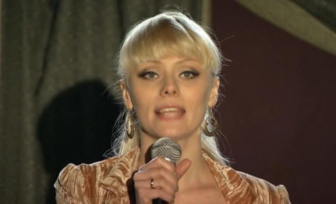 "Anastasia Savosina nella serie ""C'era amore"""