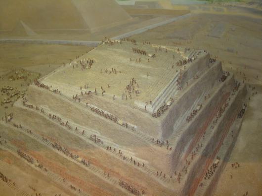antiche piramidi egizie