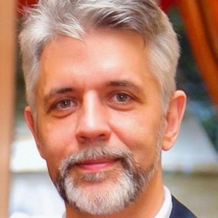 Андрей Савелев