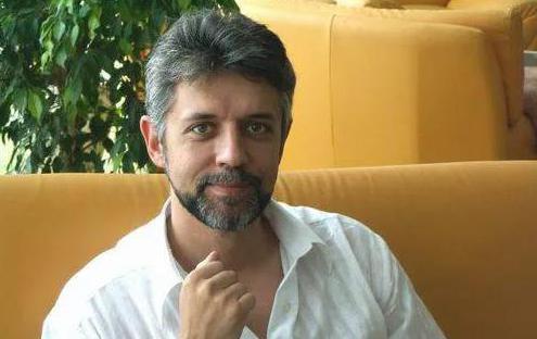 политолог Андрей Савелиев