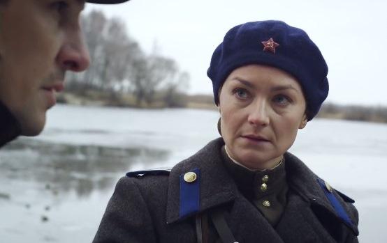 Анна в униформа
