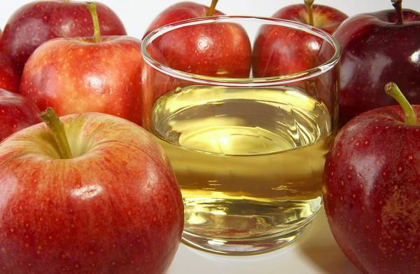 домаћи сок од јабуке