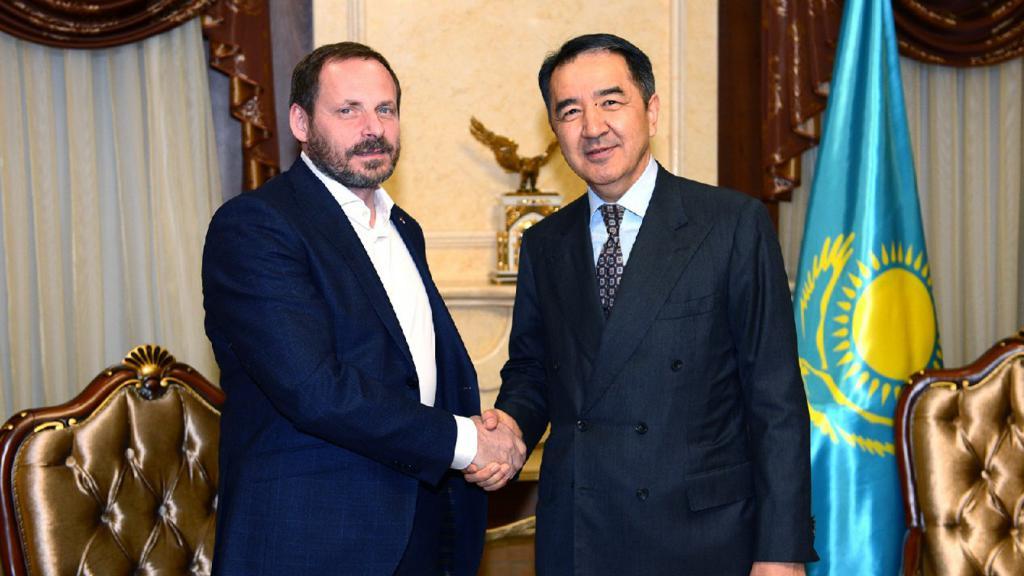 Volozh e il Primo Ministro del Kazakistan