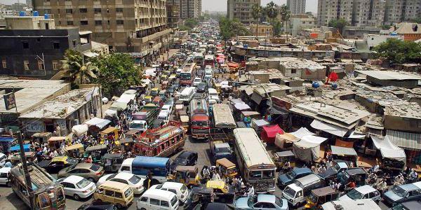 нарушение на правилата на движението на пътя и превозното средство