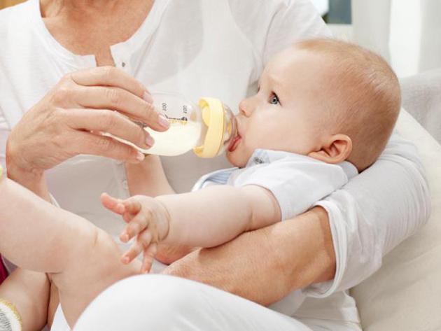 umetno hranjenje novorojenčkov