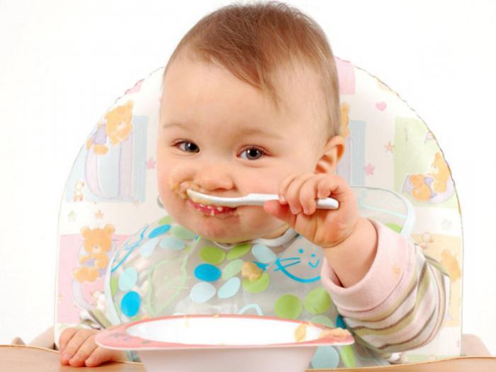 dječju hranu koja se hrani bočicom