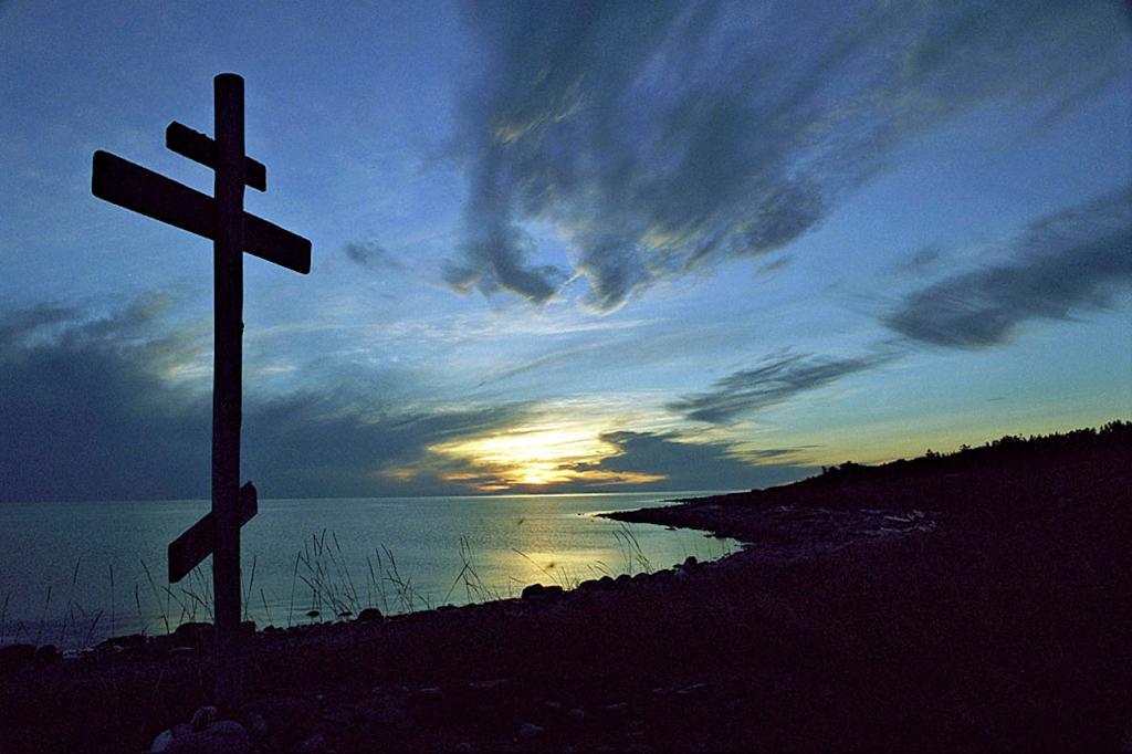 Kříž je dán silou