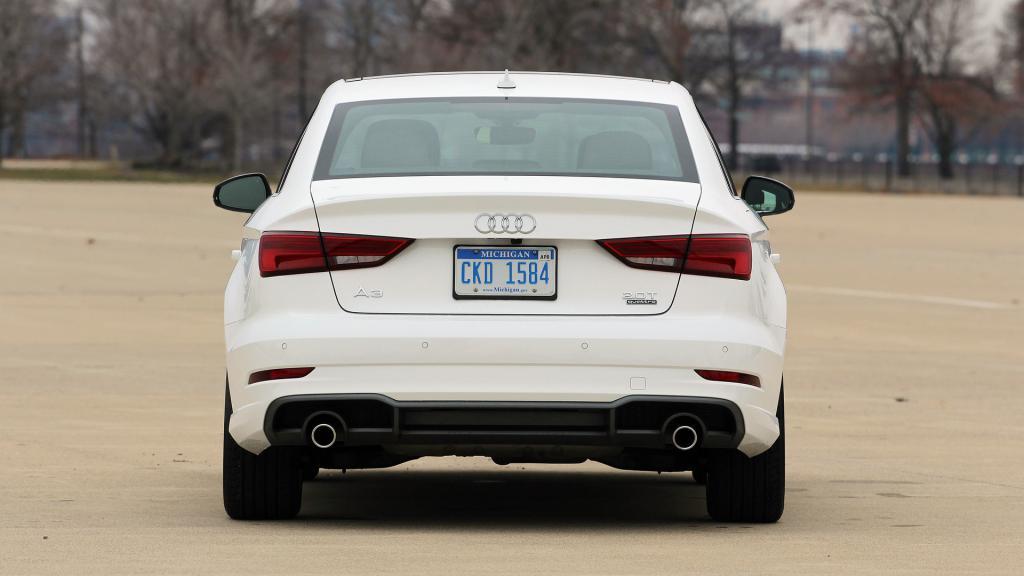 Audi A3 stražnji pogled