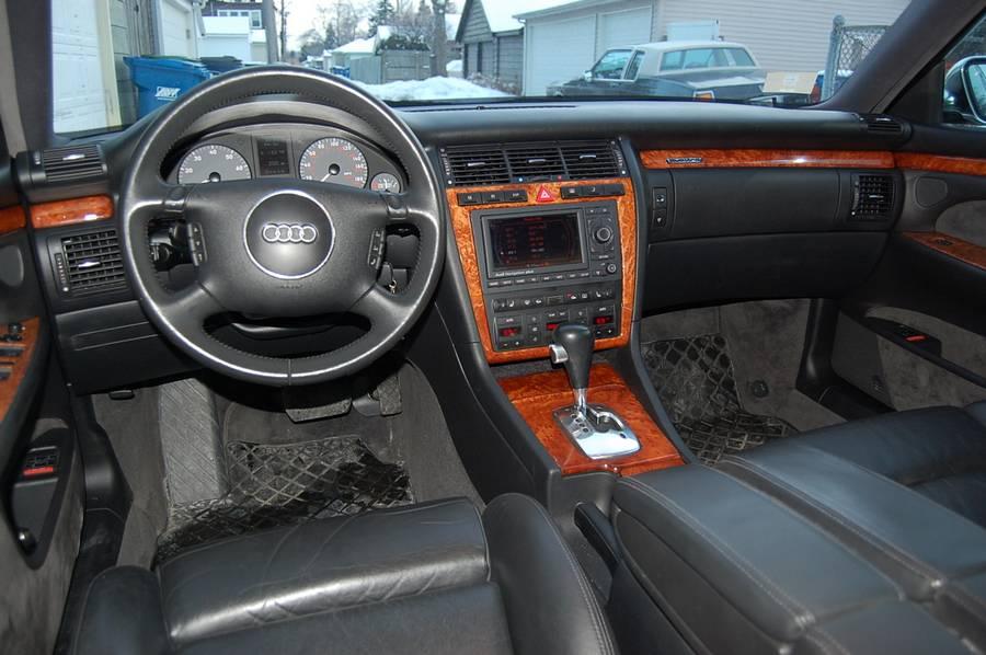 Audi a8 d2 interno