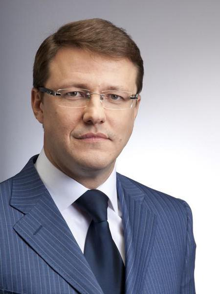 Biografia Azarowa Dmitrija Igorevicha