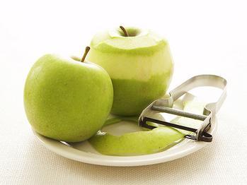 jabuke u mikrovalnoj pećnici