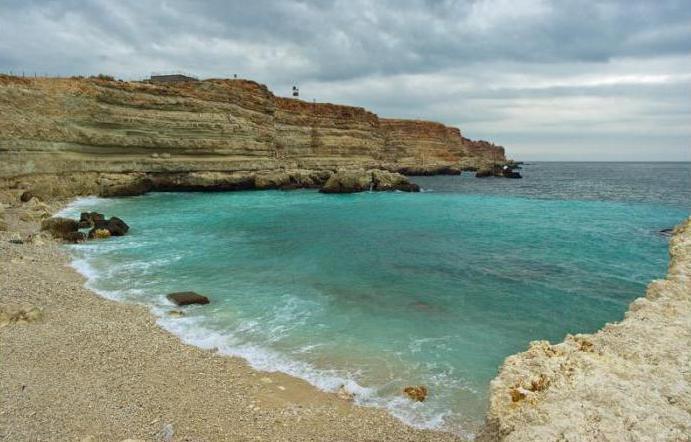 pláž modrá zátoka sevastopol