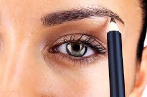 обликовање обрва - важна фаза шминке очију