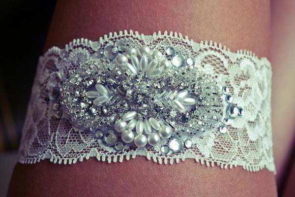 do-it-yourself svadba podvezica