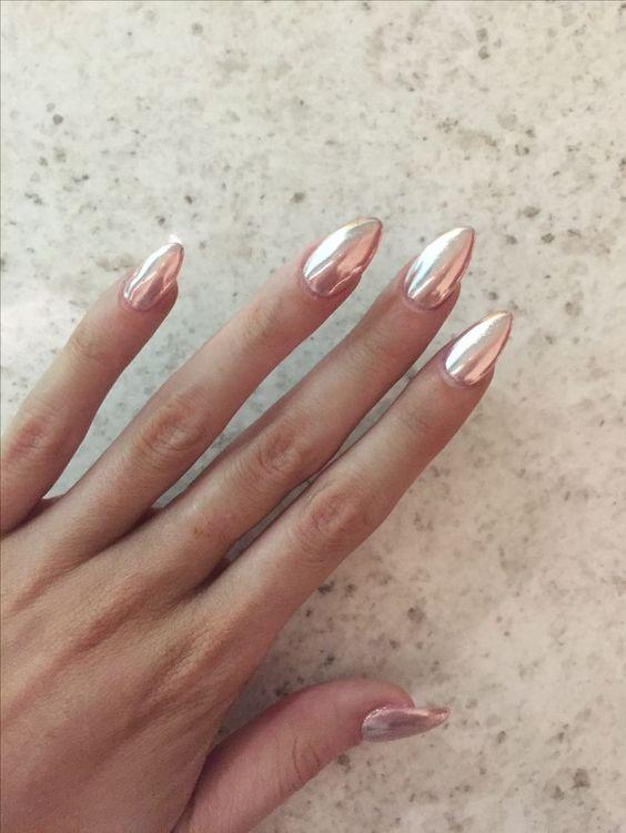 Bella manicure moderna