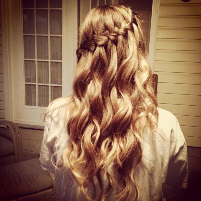 Treccine per capelli lunghi per ragazze