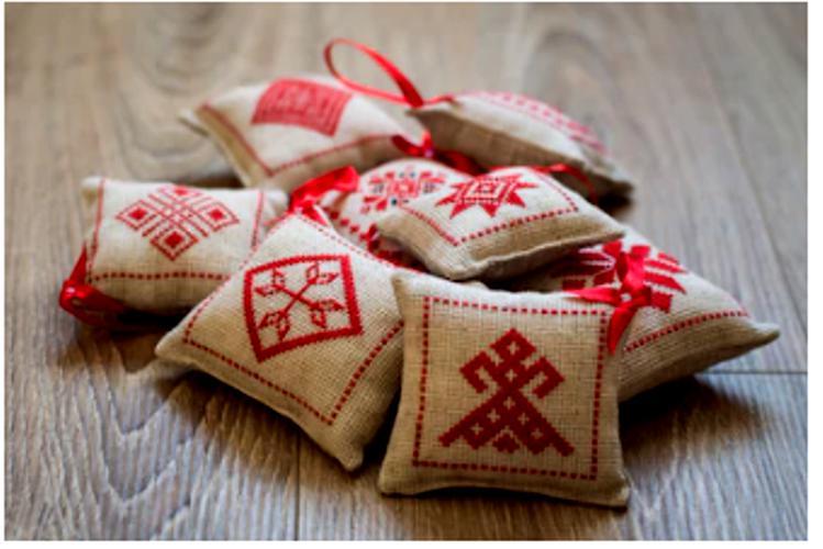 Ornamento bielorusso ricamato
