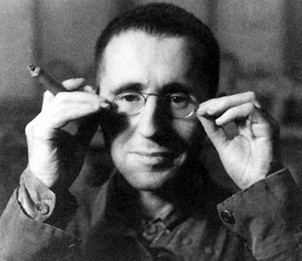 Básník Berthold Brecht