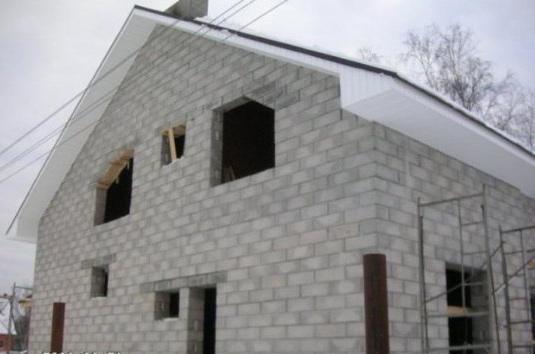 фундамент под блоковата къща