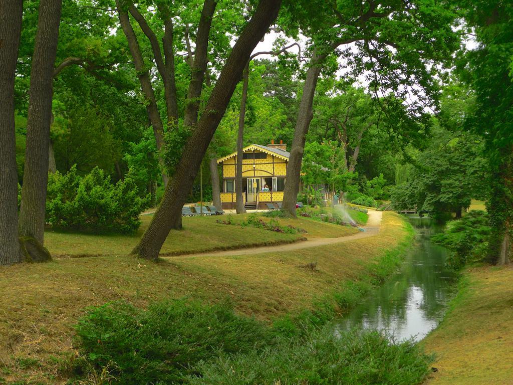 Pre-Katelan Garden