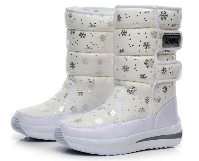 Ženski čevlji Alaska