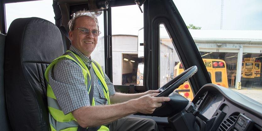 práce s řidičem autobusu
