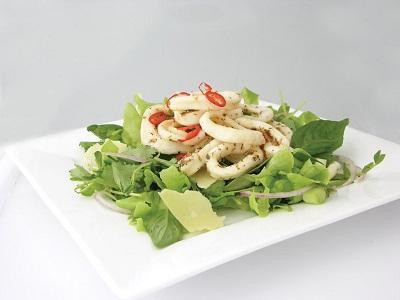 przepis na sałatkę z squid