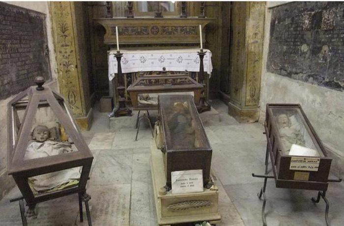Fotografija kapucinskih katakomb