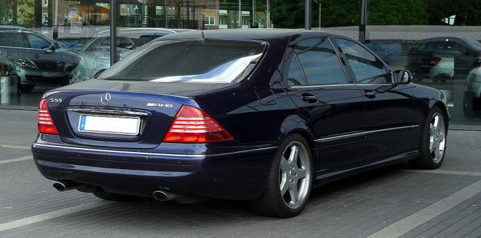 """Mercedes S500 W220"