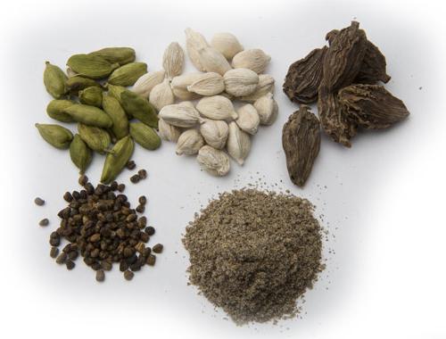 кардамон полезни свойства калориен състав