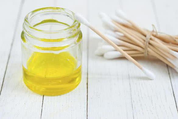 Рициново масло за бръчки за лице: ревюта, методи на приложение