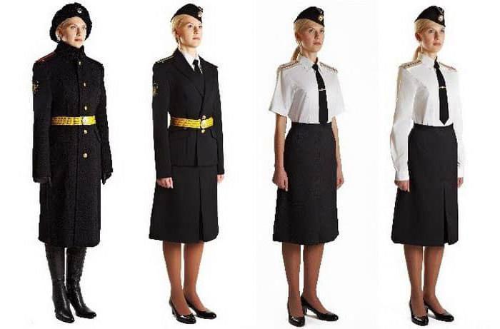 uniforme da parata della marina