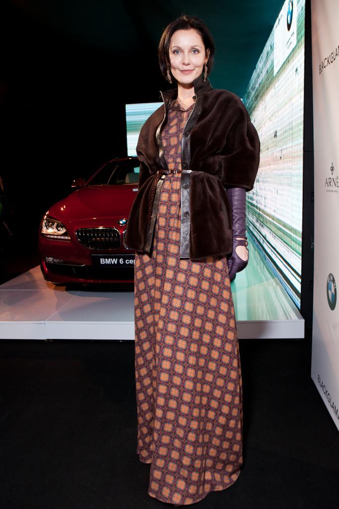 Ekaterina Grinchevskaya na pokazie samochodów