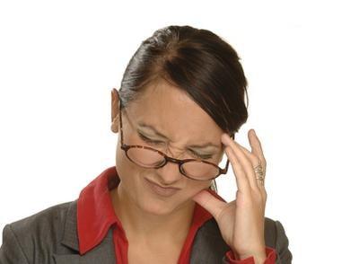 příznaky intrakraniálního tlaku