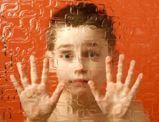 причините за детския аутизъм