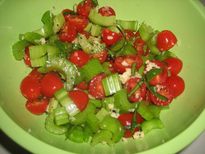 celerový kořenový salát s mrkví
