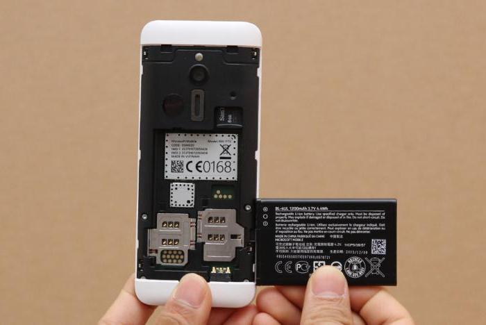 Nokia 230 specifiche recensioni prezzo