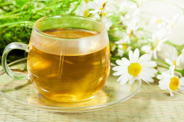 benefici del tè di camomilla