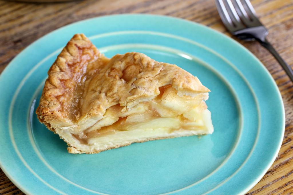 Цхарлотте са рецептом за јабуке